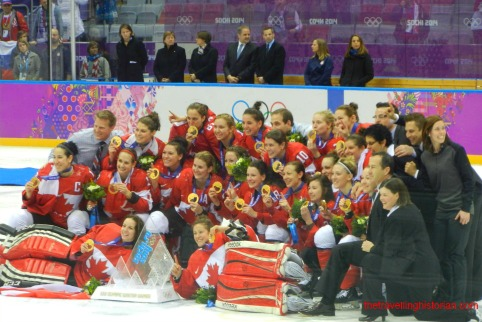 Sochi 2014 Olympic Hockey Women Team Canada Picture