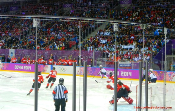 Sochi 2014 Olympic Hockey Women: Canada vs USA